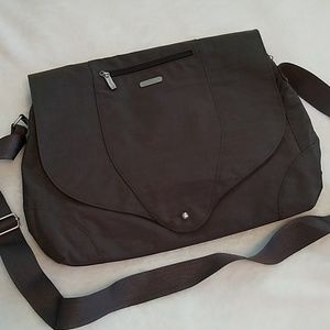 Baggellini Laptop Bag